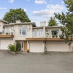 Ladysmith Ocean View Townhome