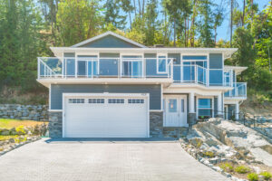 Beautiful Ladysmith Executive Home